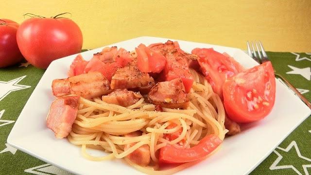トマトとにんにくのペペロンチーノレシピ