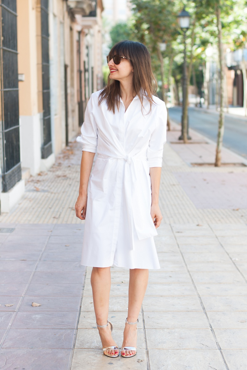 White dress Look