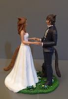 cake topper sposi appassionati fumetti videogiochi matrimonio action figures orme magiche