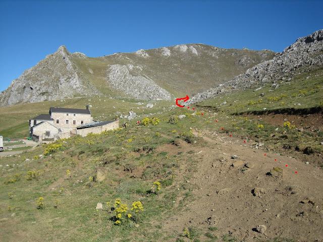 Rutas Montaña Asturias: Casa Mieres, inicio de la ruta a Peña Ubiña