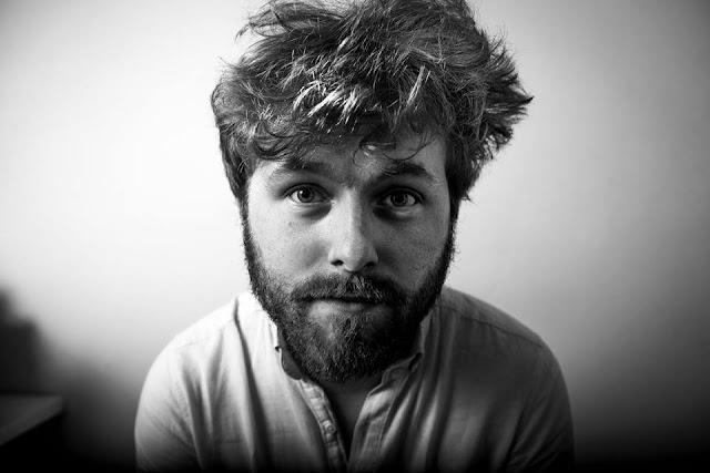 Gareth Quinn Redmond - Gluaiseacht