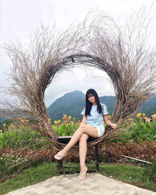 Rajutan Cinta dan Spot Foto Instagramable Small World Purwokerto