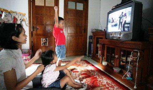 Orang Aceh Paling Banyak Menonton TV untuk Akses Informasi