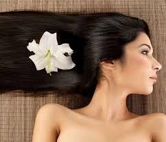 Dầu dừa có tác dụng trị rụng tóc và kích thích tóc mọc