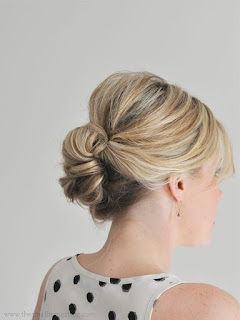 Loose updos for thin hair