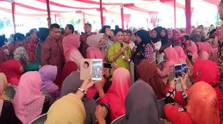 Ibu Negara Minta Kaum Ibu Tidak Takut Deteksi Dini Kanker, Iriana Jokowi Minta Wanita Waspada Kanker, Ibu Negara Iriana: Jangan Takut dan Malu Periksa untuk Deteksi Dini