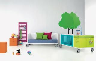 Habitación minimalista de niño