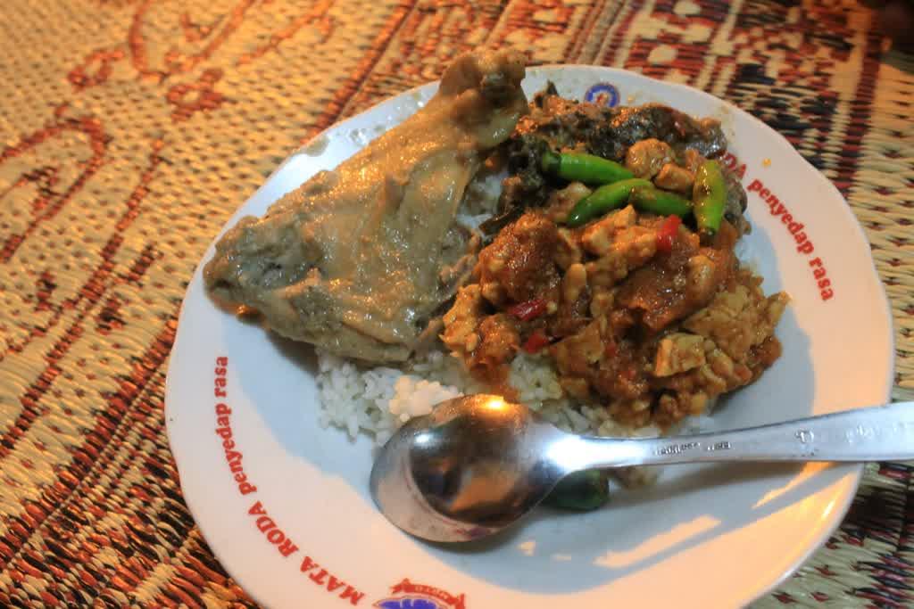10 Destinasi Wisata Kuliner Jogja Yang Unik Dan Istimewa