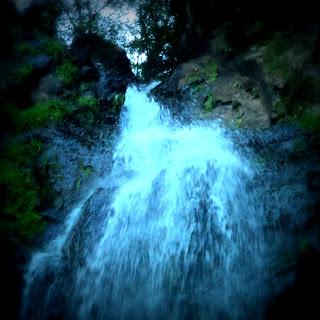 Início da Queda d'água na Cachoeira da Neblina, Parque das 8 Cachoeiras, São Francisco de Paula