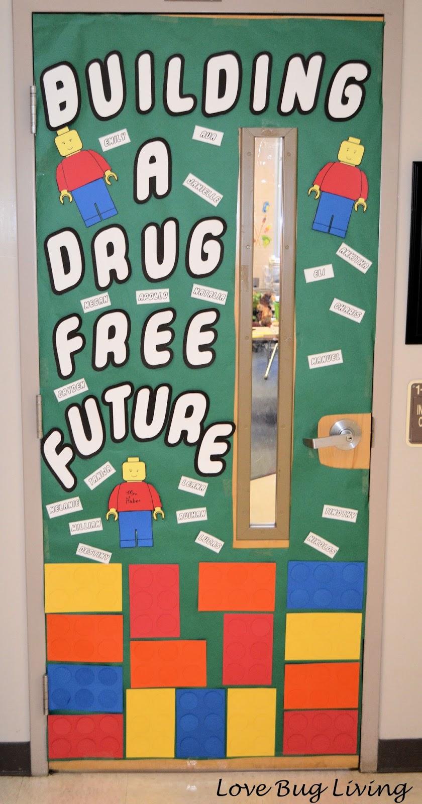 Love Bug Living: Red Ribbon Week Lego Door Decorations