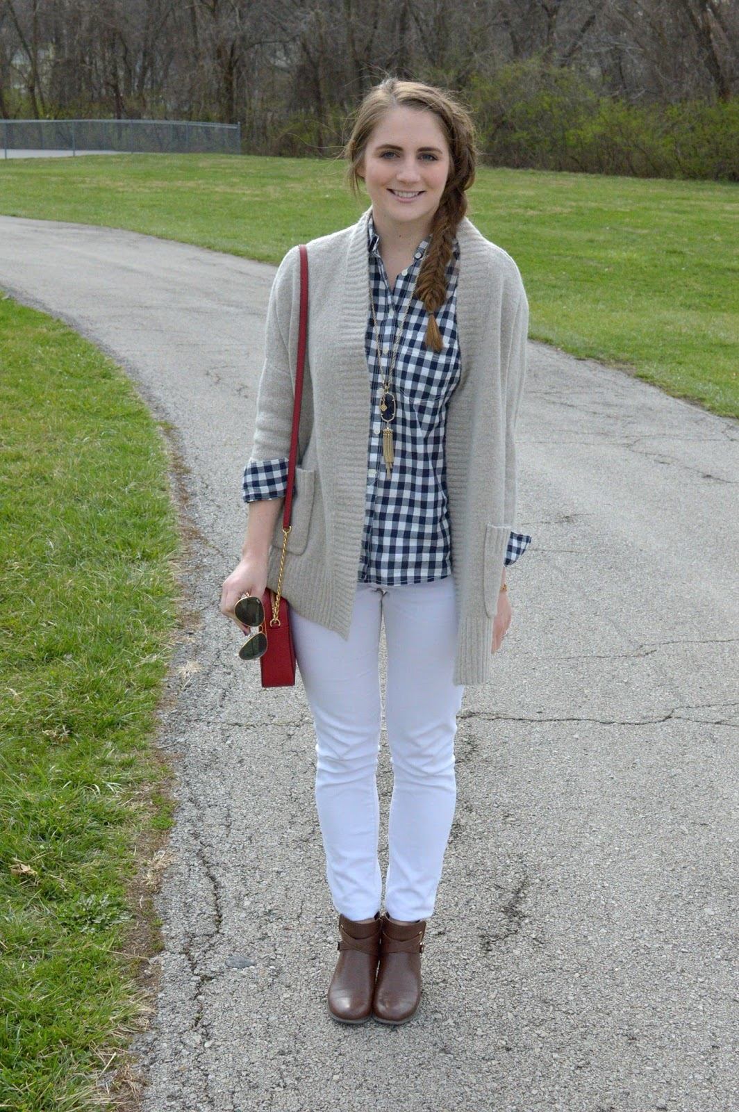 beige cardigan with white denim for spring