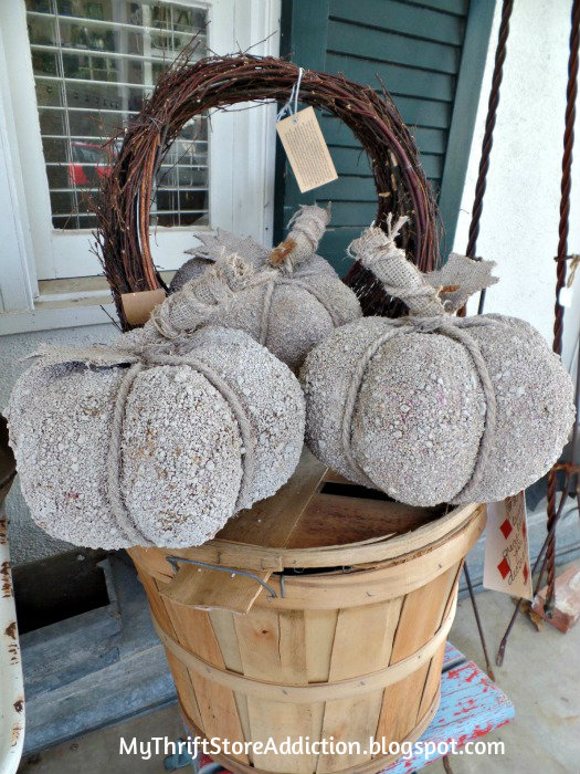 Smitten! mythriftstoreaddiction.blogspot.com Faux cement pumpkins on front porch