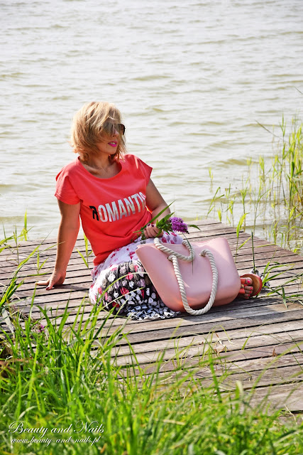 Romantyczny T-shirt od ZOIO.