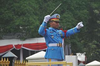 Gabungan Musik TNI Meriahkan Upacara HUT RI ke-71