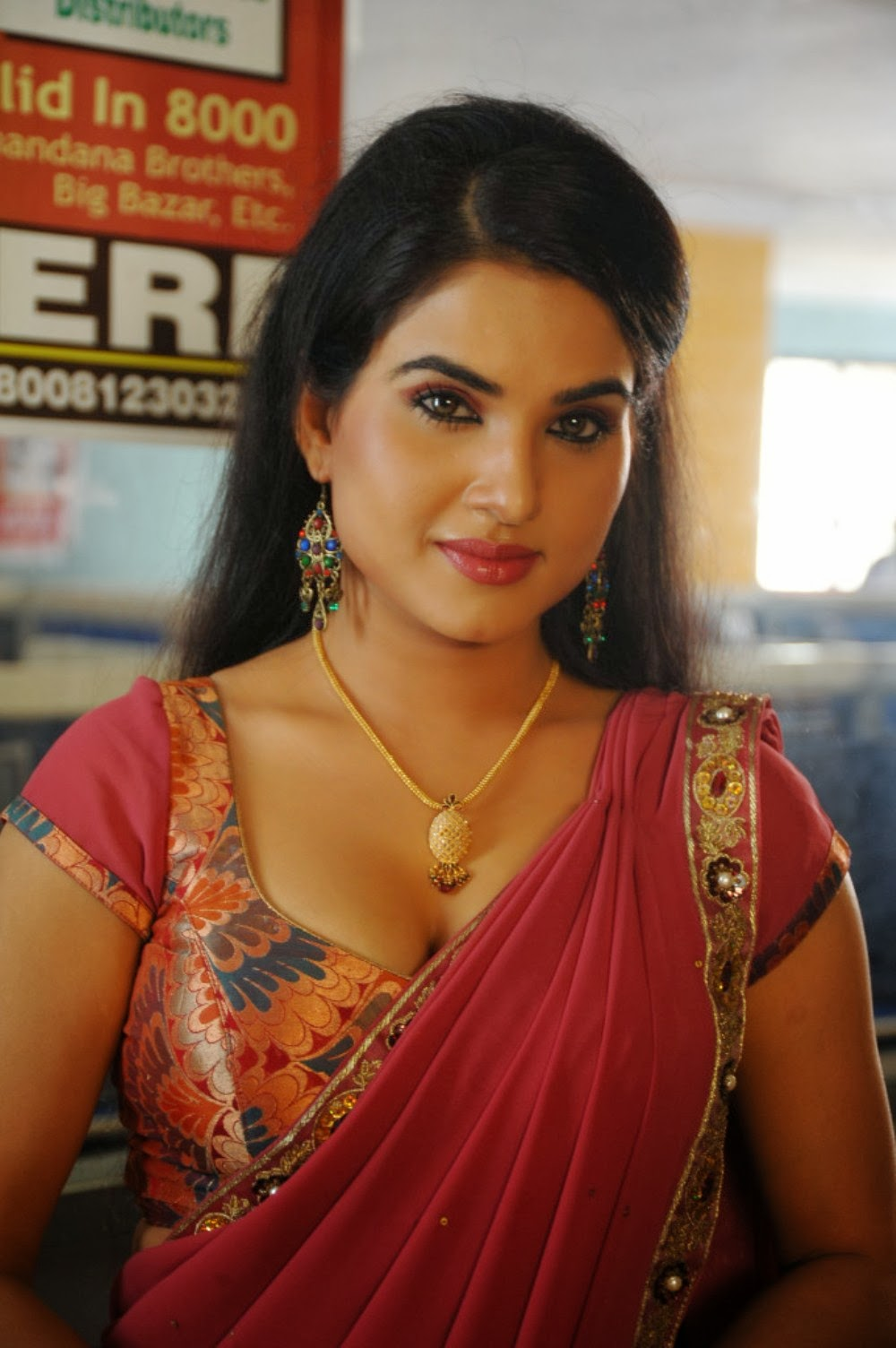 Tamilcinestuff   Kavya Singh Latest Hot Photos In Red -2571