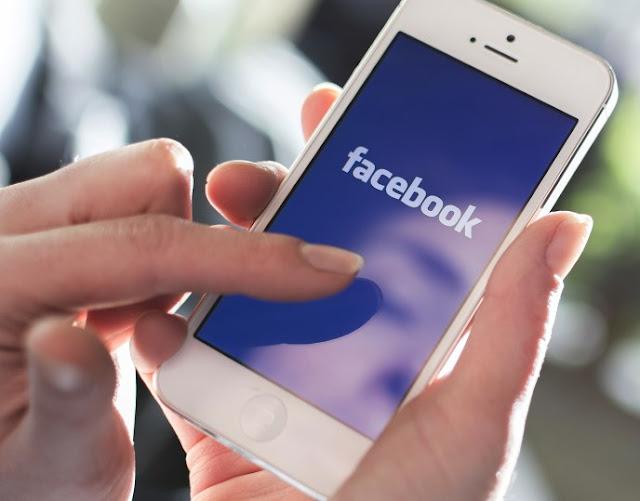 Πανικός και μυστήριο στο Facebook – Χρήστες προσπαθούν να σβήσουν παλιά posts και δεν μπορούν – Τι συμβαίνει