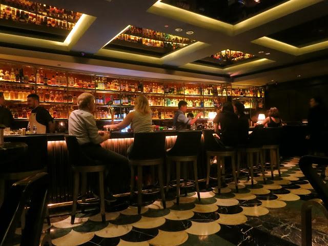 Manhattan - Regent Singapore