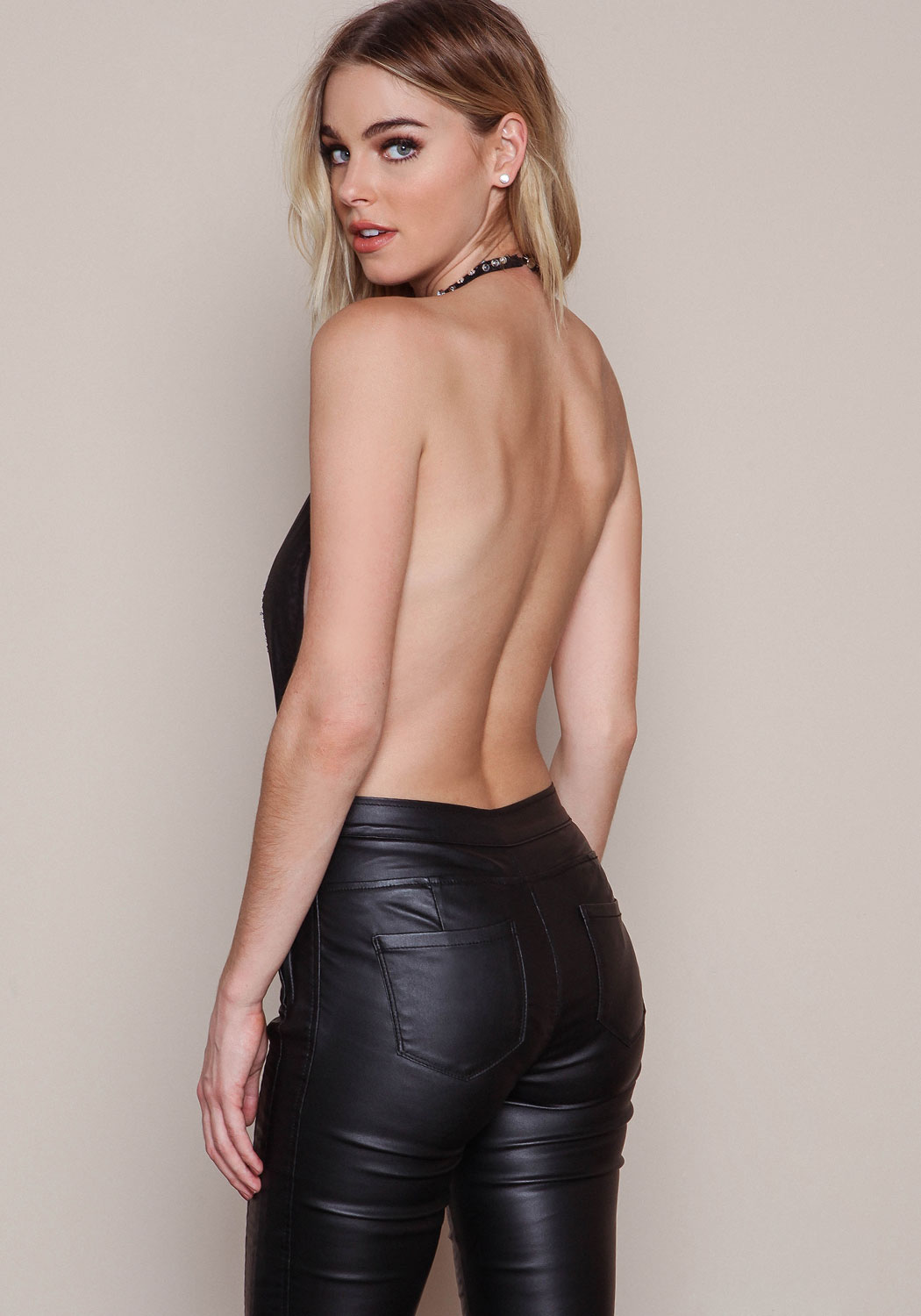 Lovely Ladies in Leather: Elizabeth Turner in leather pants