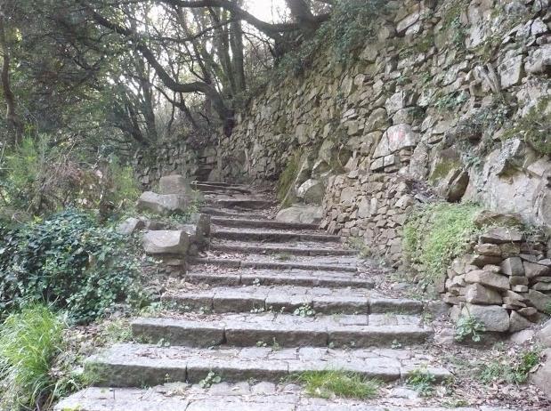 Monesteroli trekking