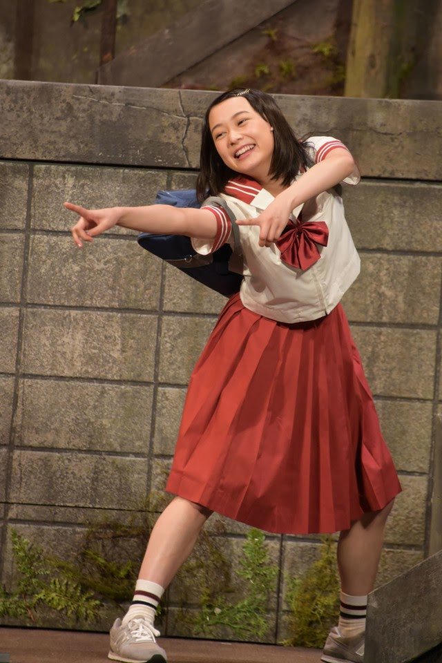 鈴木絢音の舞台画像