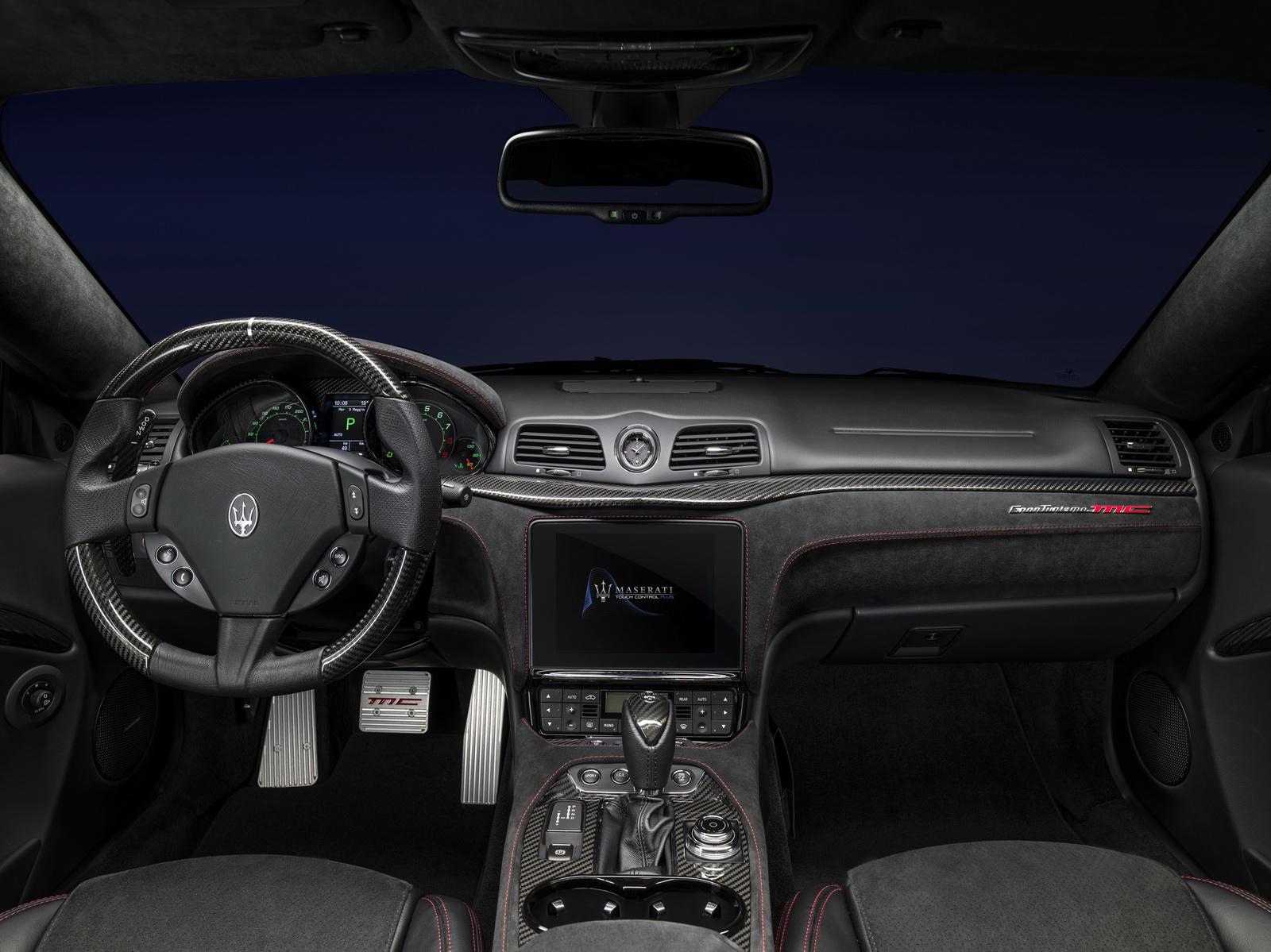 Maserati finally details 2018 granturismo and grancabrio in new gallery 45 pics carscoops - Turismo interior ...