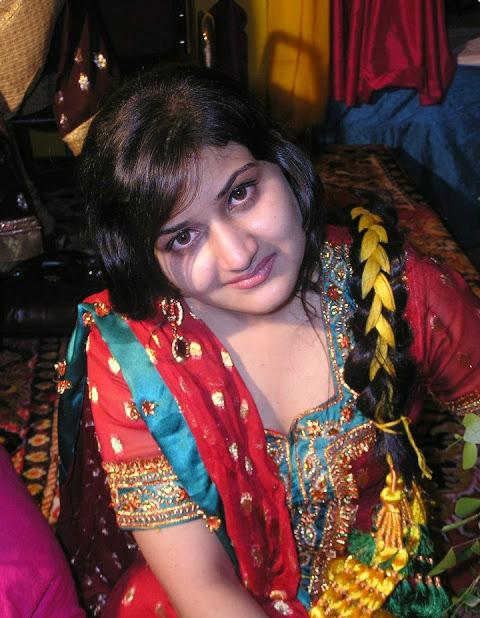 Beautiful Kashmiri Girl Pic  Indian Hot Girls Images -4761