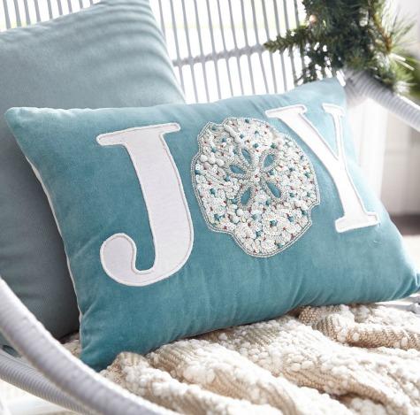 Christmas Sayings on Pillows for a Coastal Beach Themed Holiday ...
