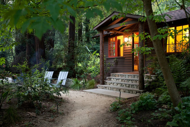 Glen Oaks Big Sur, California - rustic wood cabin