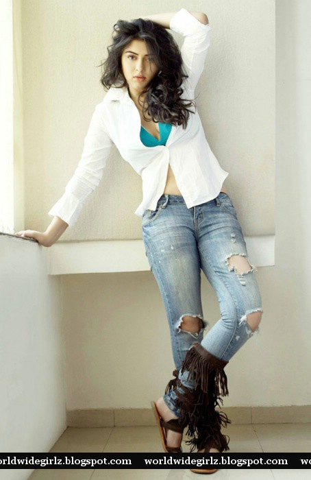 Cute South Actress Hansika Latest Hot Photos-5049