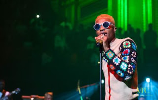 Watch: Wizkid Went Dirty Last Night With A Female Fan In USA