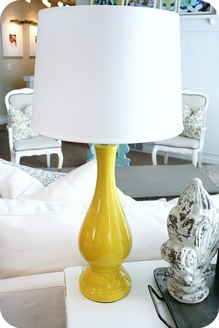 Console Table Makeover Amp Yellow Lamps