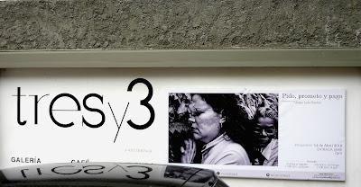 Galería Tresy3, Las Mercedes. Muestra Pido, Prometo y Pago   de Jorge Luis Santos  Fotografía Gladys Calzadilla