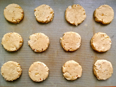 peanut butter shorties, peanut butter, cookies, recipe, shortbread, vegan, vegetarian, egg free, eggless, easy, simple, peanuts, simple, biscuits,