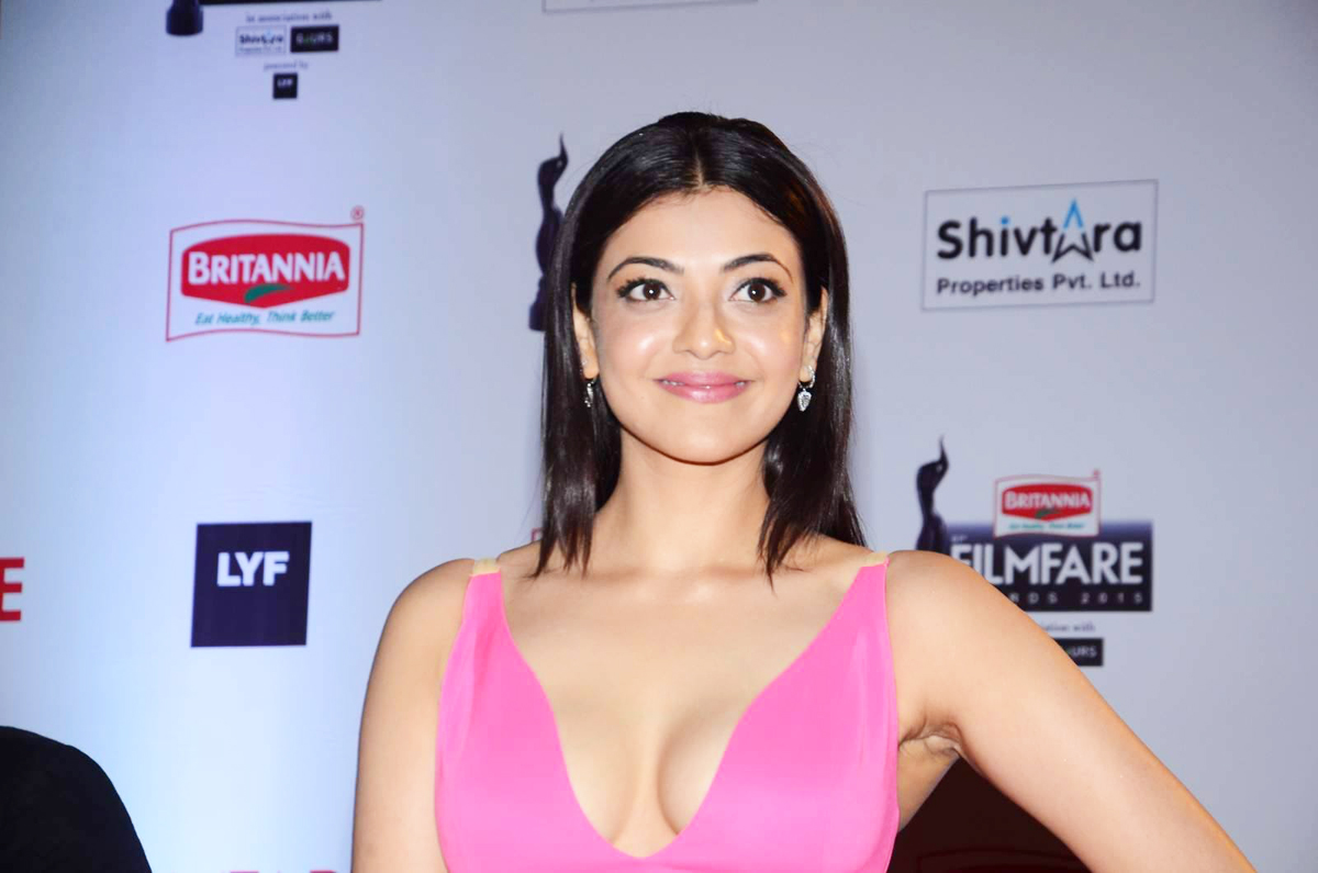Kajal Aggarwal Photos at Filmfare Awards 2016