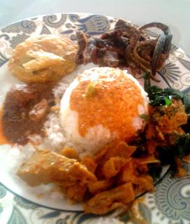 Rahasia Sukses Restoran Padang itu Sederhana