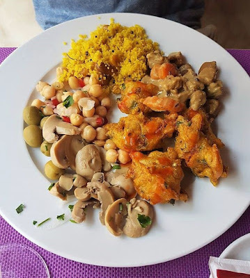Jardim Das Cerejas Vegan Buffet