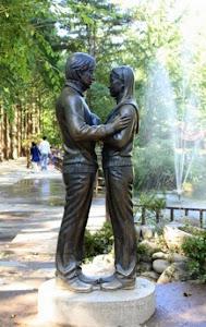 Patung yang ada di Nami Island