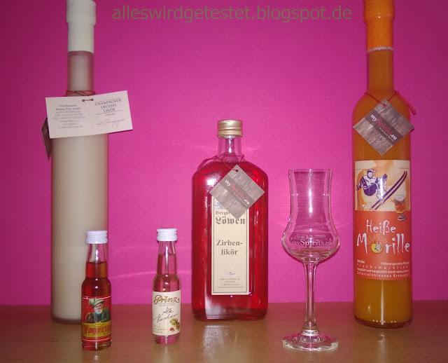 3 Liköre ind tollen Flaschen