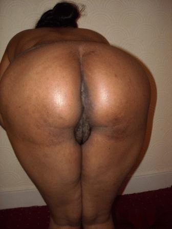 Desi anty big ass pussy pic