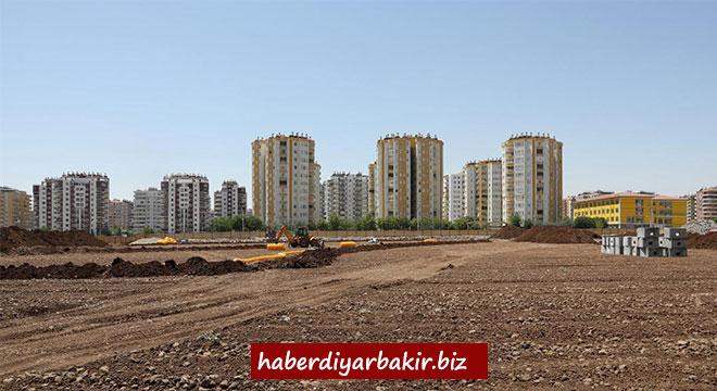 Diyarbakır Büyükşehir Belediyesi Kent Meydanı inşa ediyor