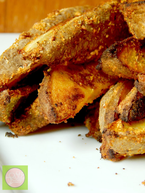 oven baked steak fries (sweetandsavoryfood.com)
