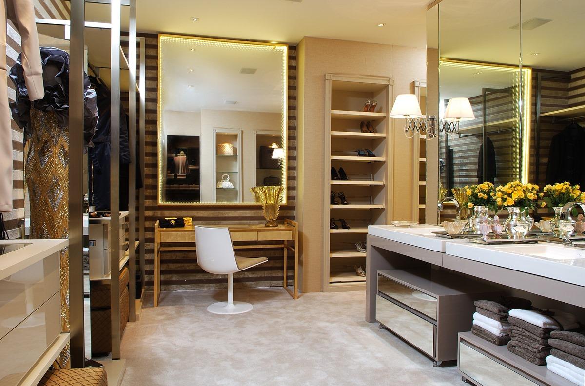 3329a2a589a3b Closets modernos e estilosos - veja dicas e modelos lindos! - DecorSalteado