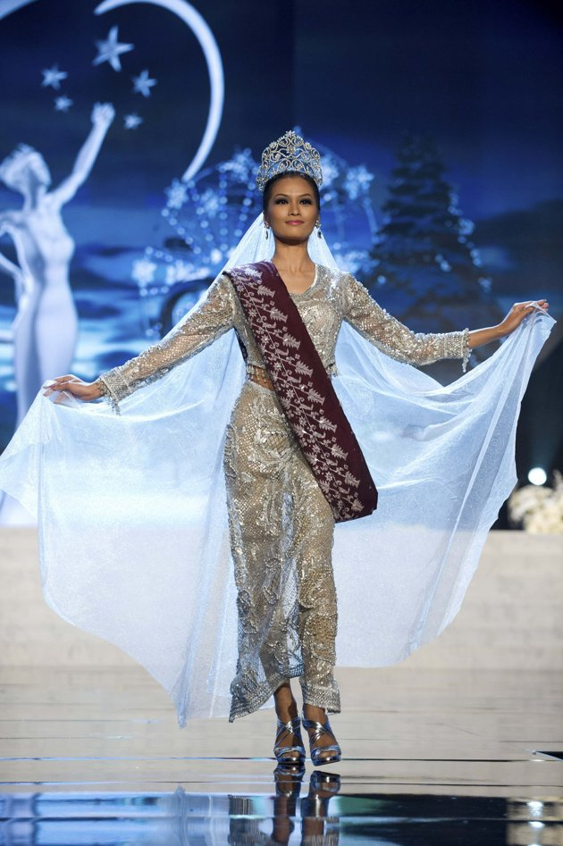 Miss Philippines Bet, Janine Tugonon, Is Declared First -4599