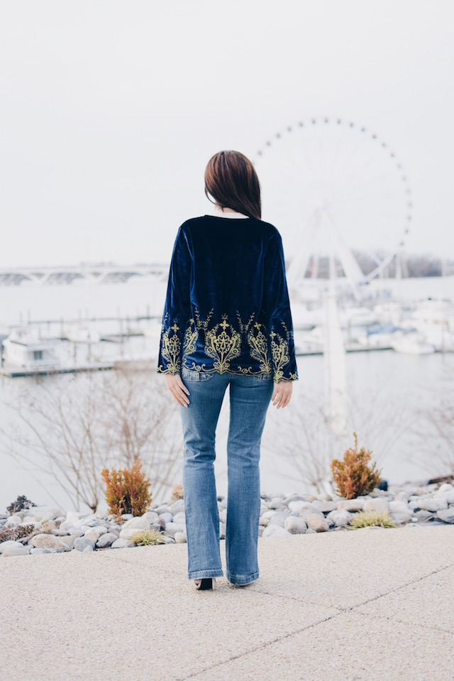 Navy Floral Embroidered Velvet Blazer-Look of the day-MariEstilo-SheIn-FashionBlogger-DCBlogger-Moda El Salvador-Moda Mexico-Moda España-armandhugon dc