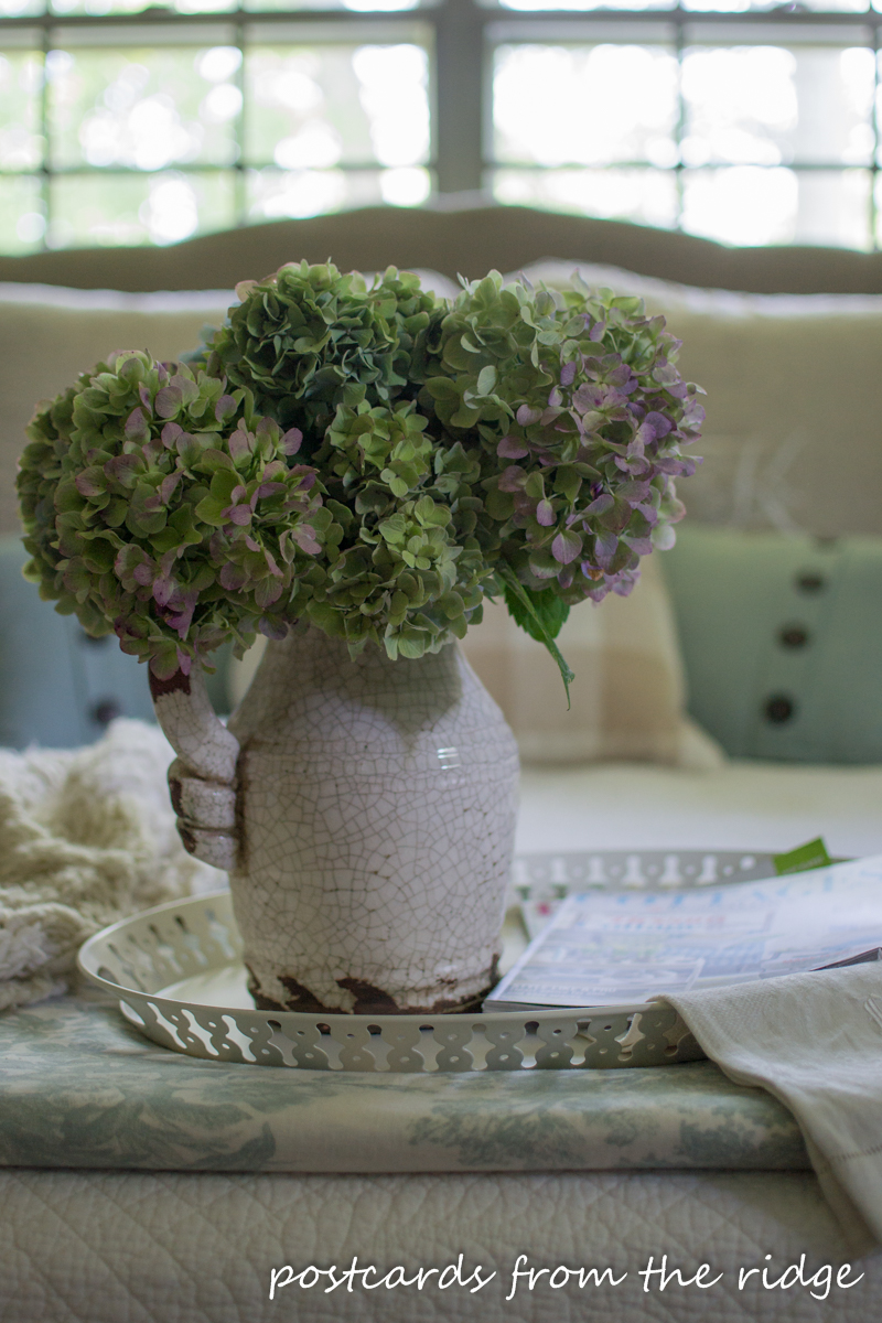 Such dreamy hydrangeas! Lots of beautiful ideas for adding farmhouse charm to any bedroom. Postcards from the Ridge