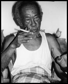 adalah salah satu contoh pejuang dan tokoh sastrawan terbaik yang dimiliki oleh bangsa In Biografi singkat Pramoedya Ananta Toer, Tokoh Sastra Indonesia