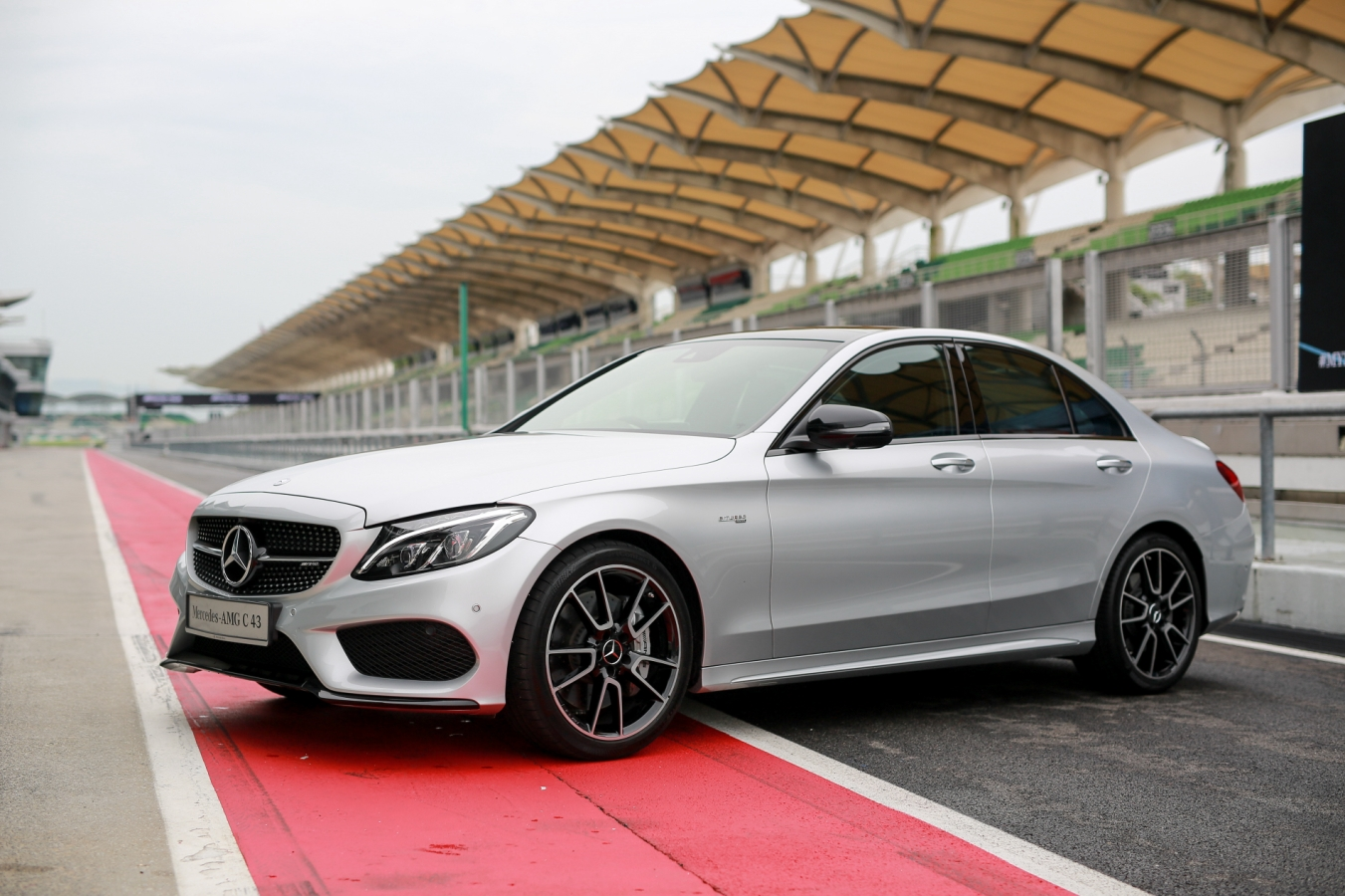 Motoring Malaysia Mercedes Benz Malaysia Launches All The