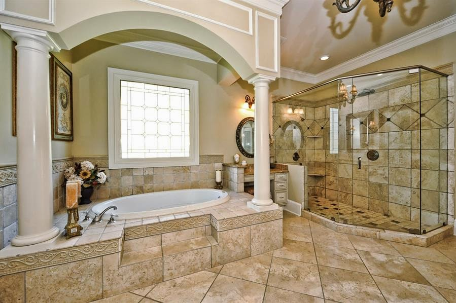 Homes Mansions A Look At Some Columned Bathtubs