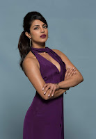 Priyanka Chopra in Mesmerizing Purple Backless Deep neck Gown 41).jpg