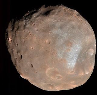 Phobos, uno dei due satelliti di Marte